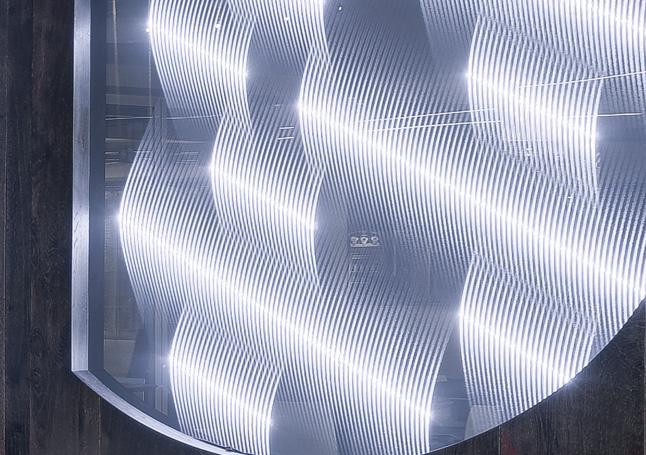 Mood Textil in Glas laminiert mit weißem Lichteffekt