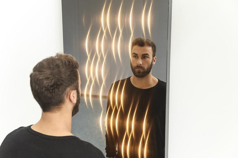 Lichteffektspiegel von ETTLIN LUX mit Textilien